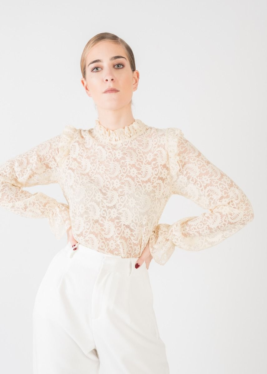 LACE BLOUSE WITH RUFFLE TRIMS