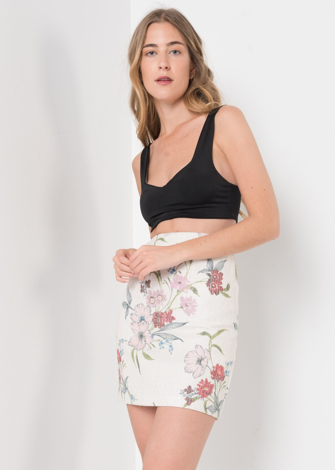 STRUCTURED FABRIC SKIRT